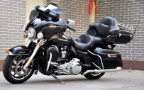 18款哈雷水冷大滑翔 进口巡航机车 带ABS大排量摩托车 可帮上牌