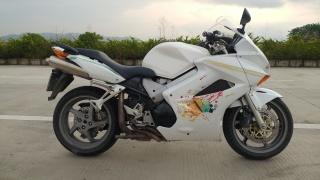05年本田VFR800