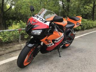 本田07款CBR10000