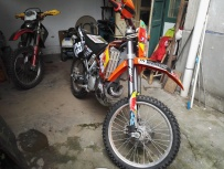 两冲KTM300EXC